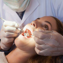 Here's what you should know about the wisdom tooth extraction recovery process.